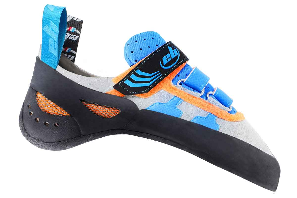comfort climbing shoe with 3 velcro for tightening